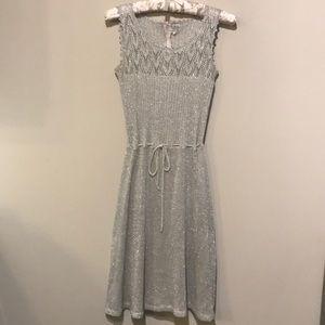 Dresses & Skirts - Vintage sparkly silver knit midi dress